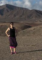 Spódnica BaMaKo midi, czarno - fioletowa