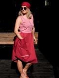 agama-rózowa-sukienka